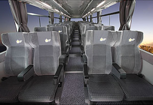 ディズニー夜行バス4列ゆったりシート01