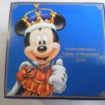 30周年ディズニーお土産_チョコクランチキュービック2003LR